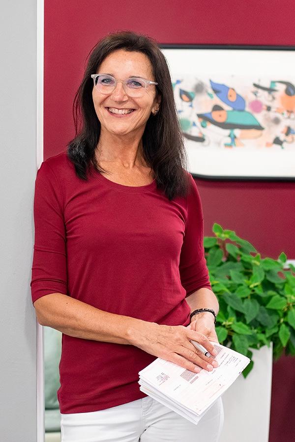 Dr. Simone Pyrkocz